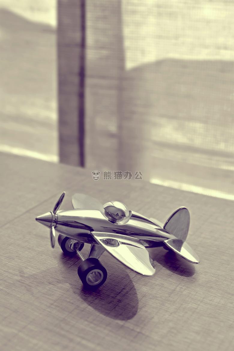 飞机 双翼飞机 黑白